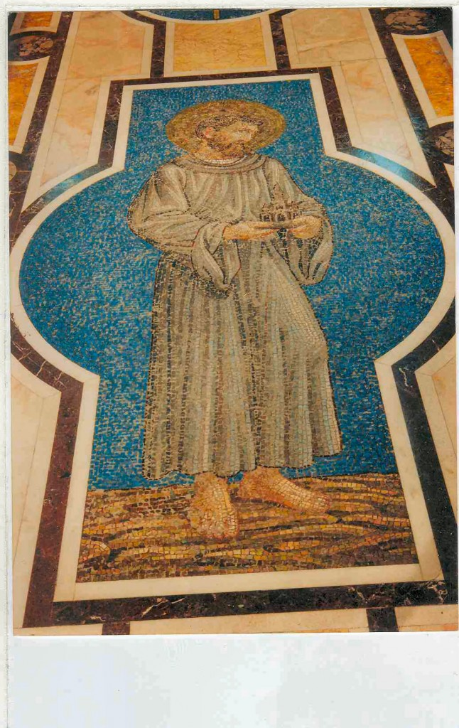 Restoration of Smalti mosaic figure