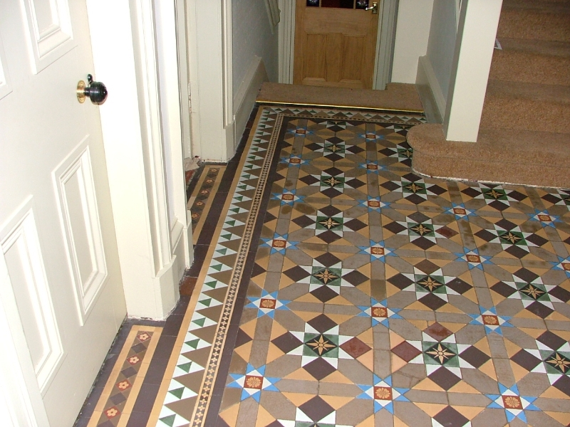 Sk Argyle Bute Victorian Tiled Floor Showing Red